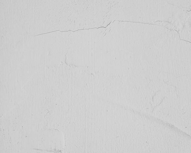 Mur texturé peint en blanc