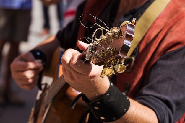 Musicien de rue jouant