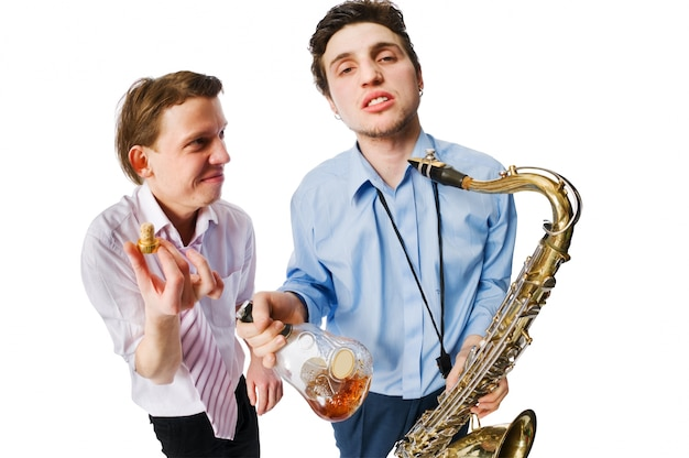 Musiciens sur blanc
