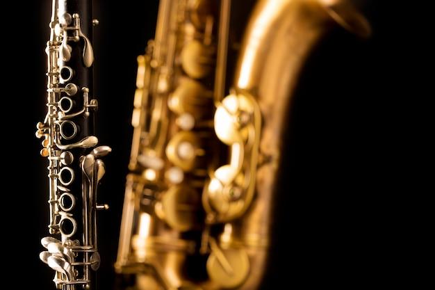 Musique classique saxophone ténor et clarinette en noir
