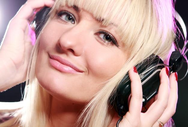 Musique écoute femme