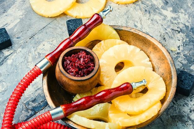 Narguilé à l'ananas.