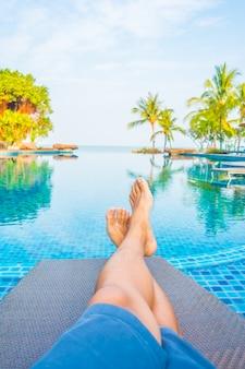 Natation pieds d'eau corps de vacances