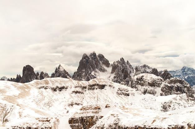La nature de la dolomite italienne