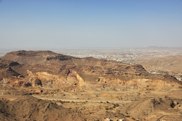 Nature des montagnes de la région d'asir, la vue depuis le point de vue, l'arabie saoudite