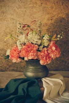 Nature morte avec de belles fleurs
