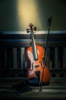 Nature morte de violon à l'ancienne