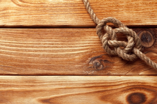 Navire corde à table en bois
