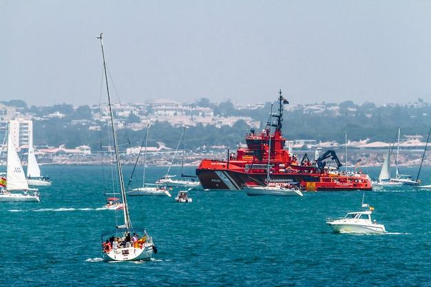 Navire de sauvetage maritime maria zambrano