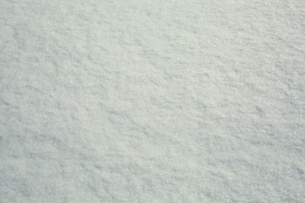 Neige sur la texture du toit