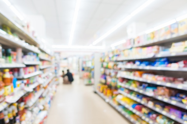 Nettoyage abstrait et supermarché defocused