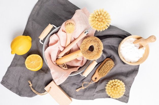 Nettoyage à domicile, produits naturels non toxiques. mode de vie sans plastique et sans déchet. mise à plat, vue de dessus