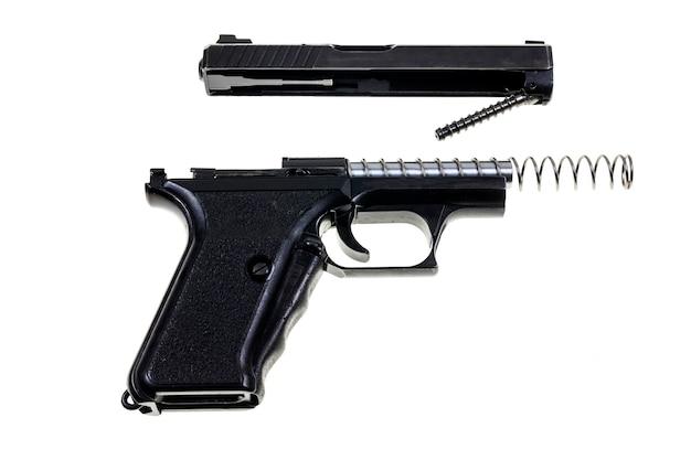 Nettoyage du pistolet 9 mm.