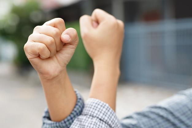 New normal, distanciation sociale pour prévenir le virus covid 19