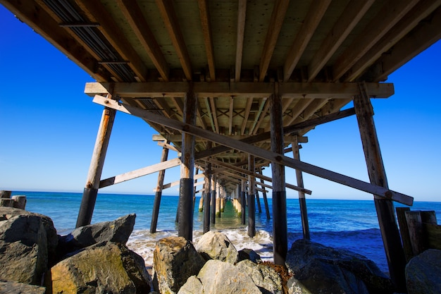 Newport pier beach en californie usa d'en bas