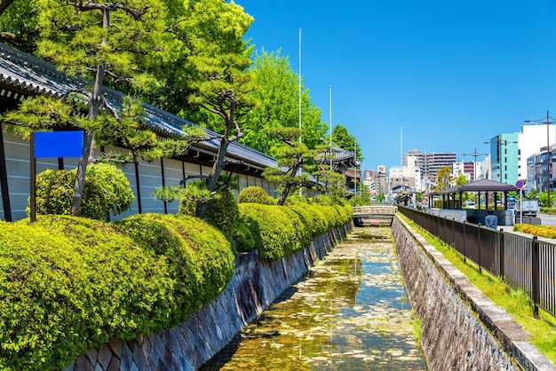 Nishi hongan-ji, un temple bouddhiste à kyoto, japon