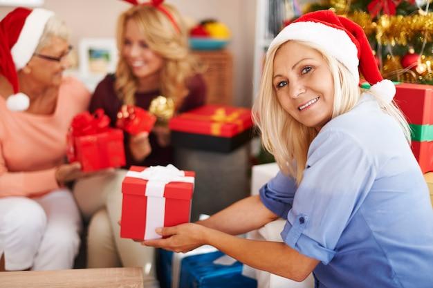 Noël est une période de partage de cadeaux