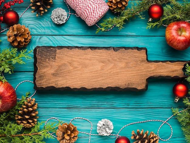 Noël vert avec planche de bois