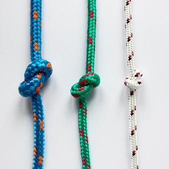 Nœuds de corde nautiques parallèles