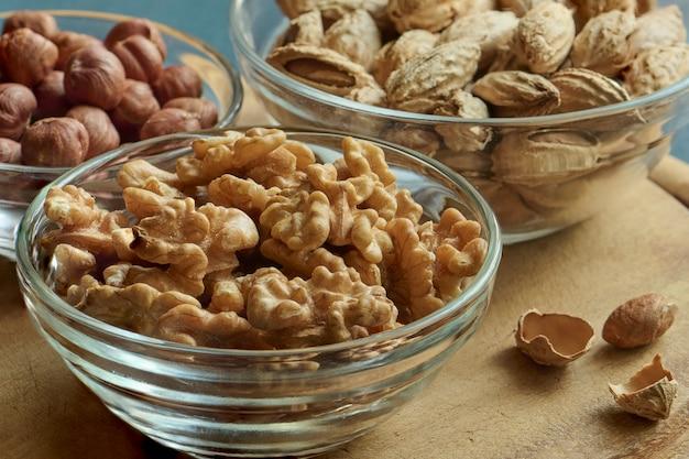 Noix, noisettes et amandes, alimentation saine, macro