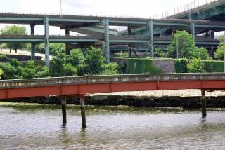 De nombreux ponts