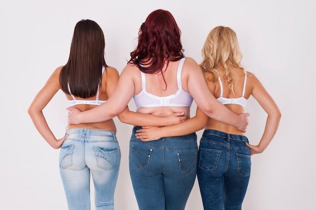 Nos fesses dans ce jean sont incroyables