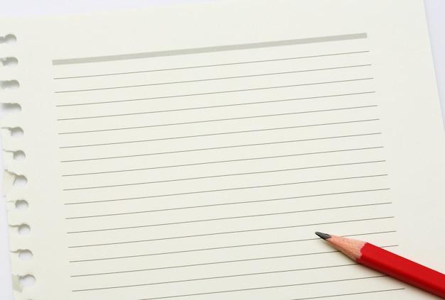 Noter le papier et le crayon