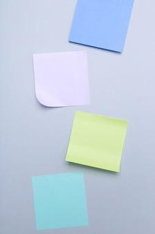 Notes autocollantes