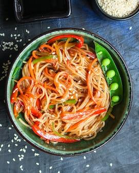 Nouilles de riz aux légumes pâtes cellophane deuxième plat