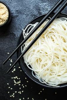 Nouilles de riz fines