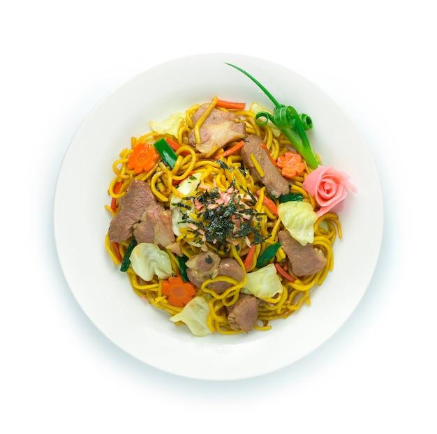 Nouilles yakisoba sautées avec du porc en forme de fleur de soja sucré goodtasty