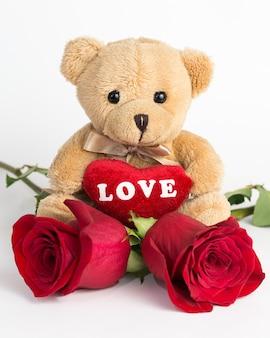 Nounours et roses pour la saint valentin