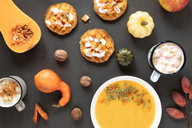 Nourriture d'automne vue de dessus avec fond gris