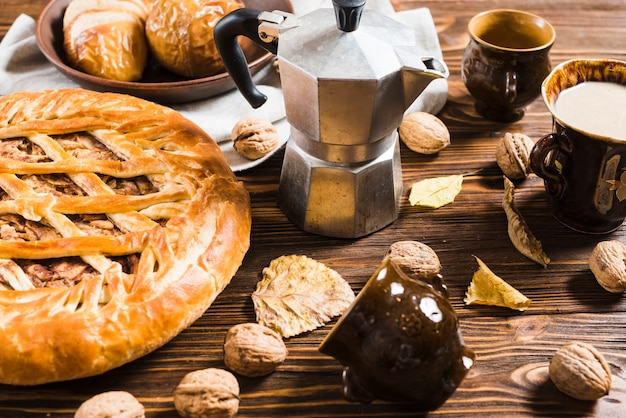 Nourriture et boissons d'automne en gros plan