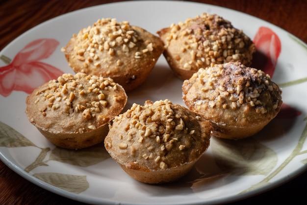 Nourriture boulettes de patates douces aux noix de cajou délicatesse de la cuisine brésilienne du nord-est