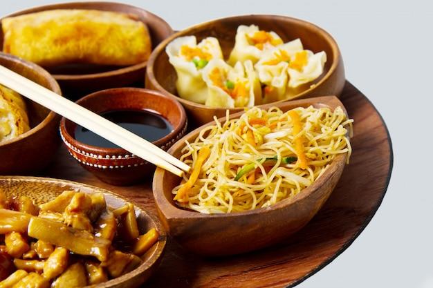 Nourriture chinoise mixte