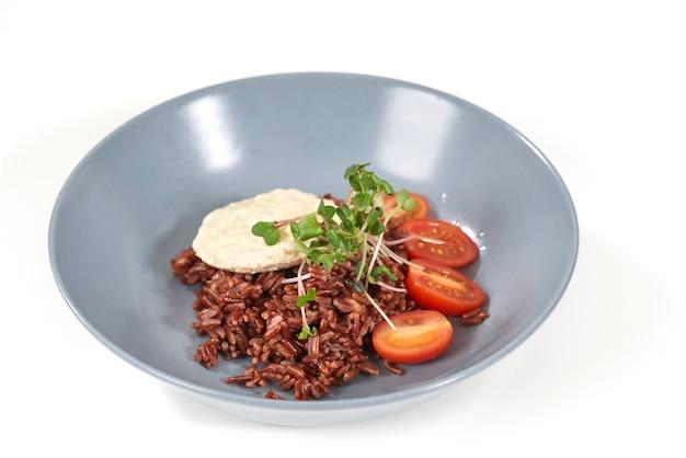 Nourriture délicieuse avec une bonne composition pour l'émaciation