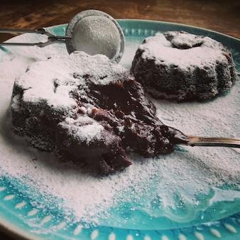 Nourriture faite maison. dessert fondant au chocolat