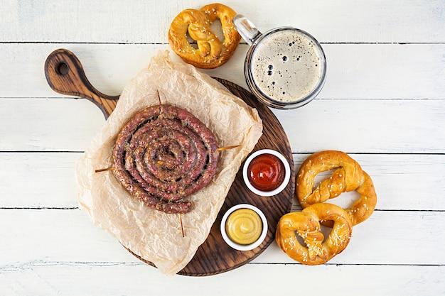 Nourriture oktoberfest sur table