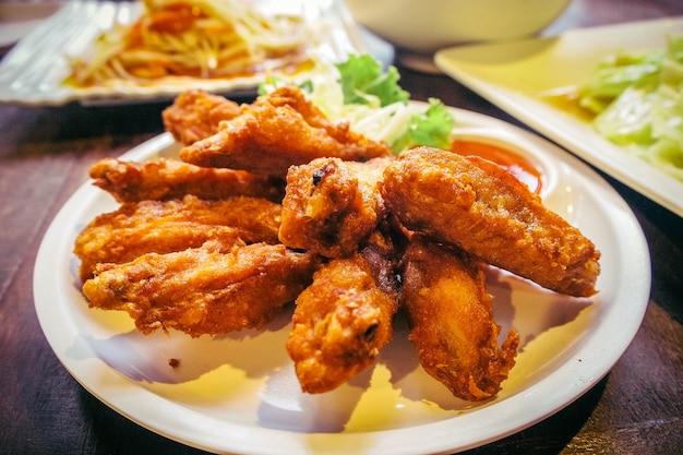Nourriture de poulet frit