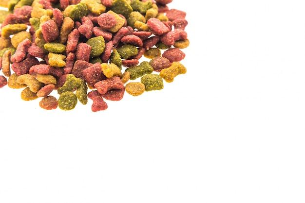 Nourriture pour chiens avec des formes différentes