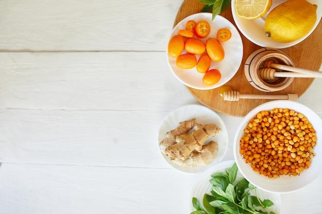 Nourriture de protection contre les virus à la mode, coronavirus, concept d'immunité.