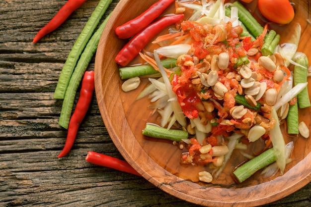 Nourriture thaïe célèbre, salade de papaye, somtam