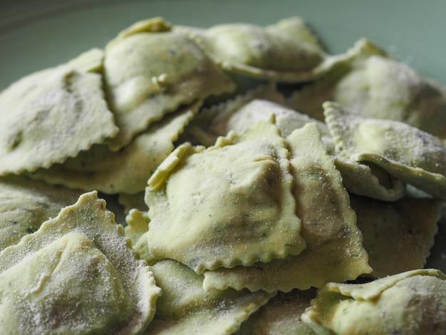 Nourriture végétarienne de pâtes d'agnolotti