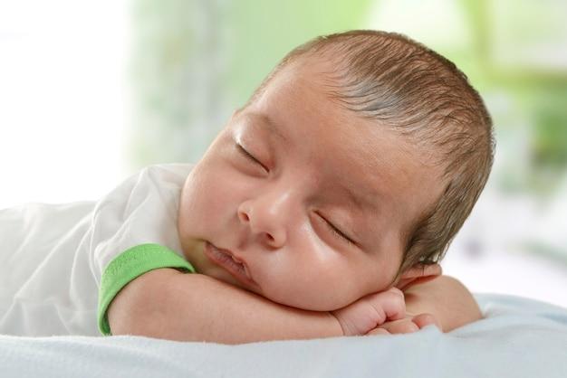 Nouveau-né, garçon, dormir