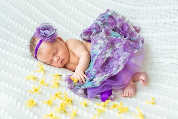 Nouveau-né princesse fille