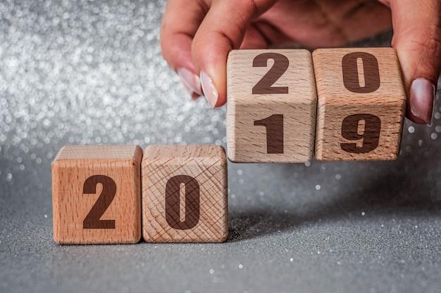 Nouvel an 2019 passage au concept 2020