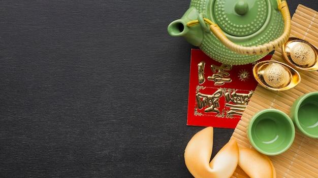 Nouvel an chinois 2021 ensemble de théière et tasses copie espace