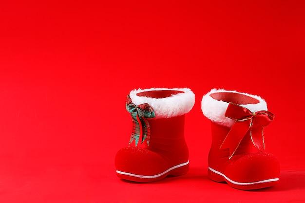 Nouvel an, joyeux noël, bottes de père noël