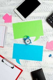 Nouvelle planification d'entreprise idées de recherche gestion du temps productive rédaction de notes importantes collecte d'informations communication globale appel vidéo vocal